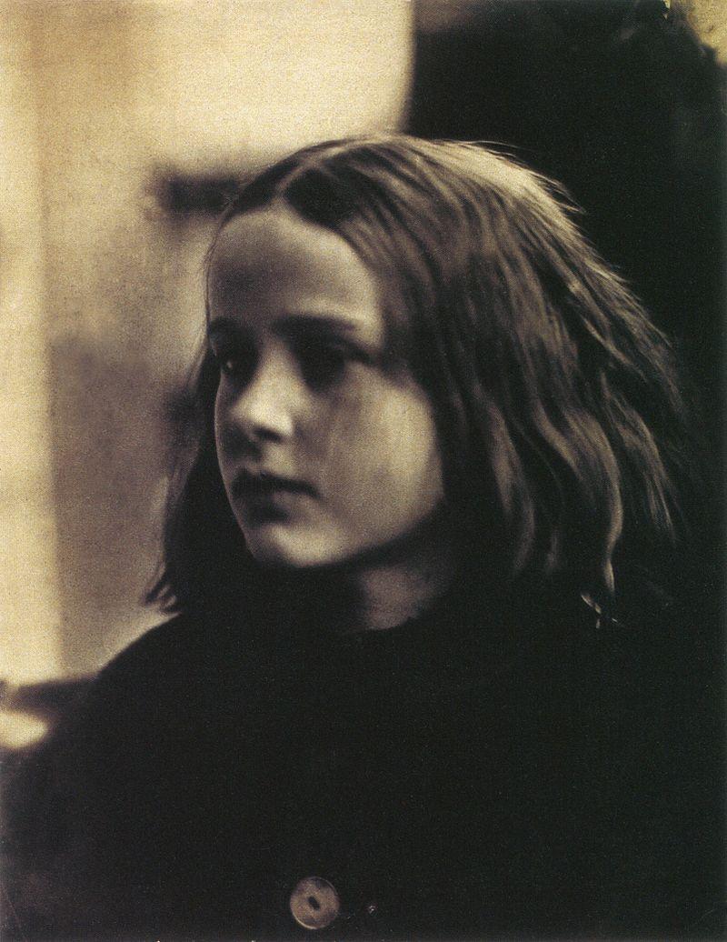 800px-Annie_my_first_success,_by_Julia_Margaret_Cameron_(restored)